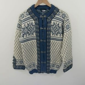 Dale of Norway Vintage Clasp Wool Nordic Sweater